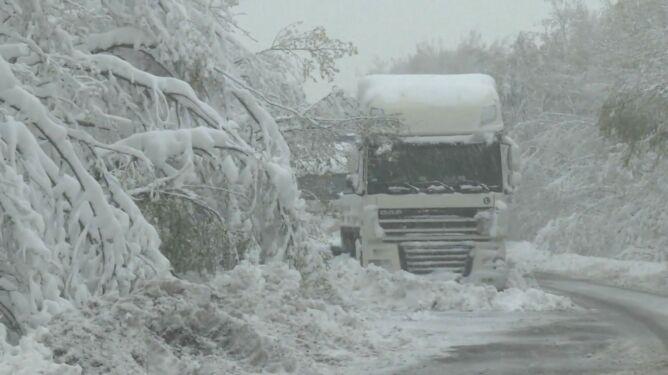 Węgry sparaliżowane po intensywnych opadach śniegu
