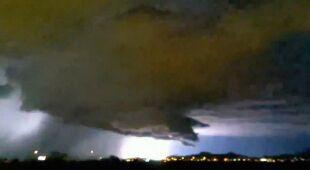 Intensywna burza w Phoenix